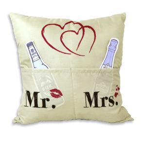 Sofahelden Kissen Mr. & Mrs. mit Taschen